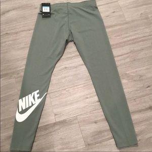 Green Nike Leggings